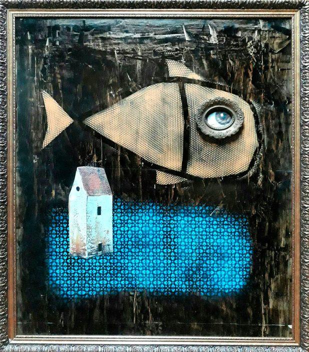 Collage de pez grande y casita pequeña