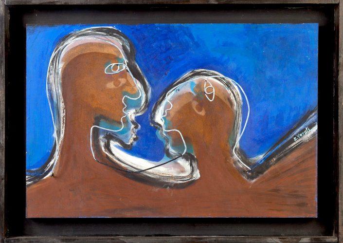 Pintura sobre fondo azul representando a dos personas besándose